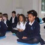 kids meditating kadampa